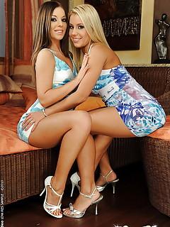 Lesbian High Heels Pics